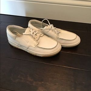 Boys Nike loafer